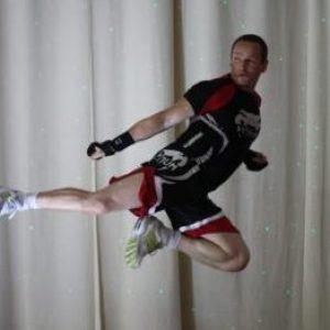 Cours de Body Combat en action au Club Oxygène, club de sport à Saint Germain en Laye